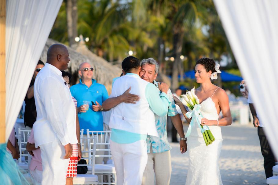 priscilla-radisson-aruba-wedding_0035