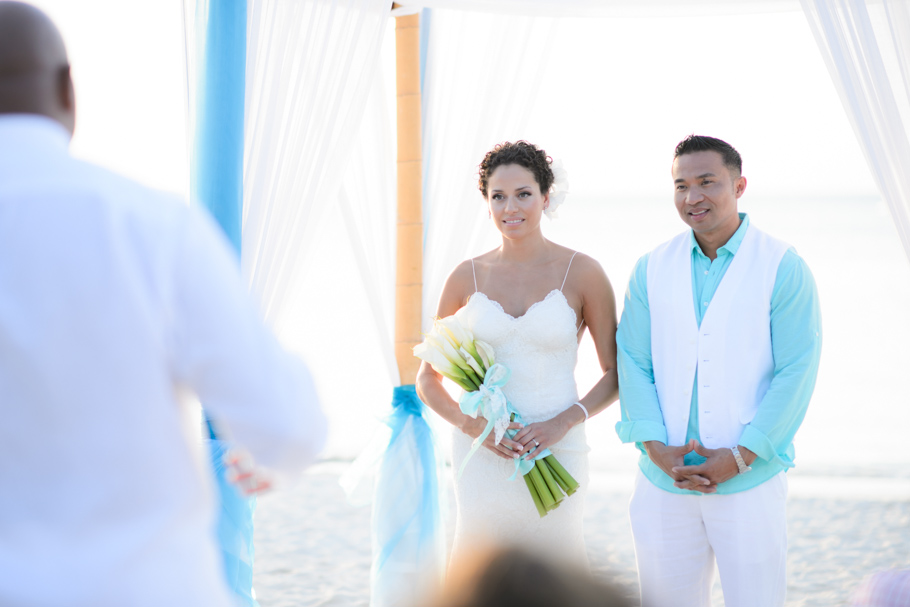 priscilla-radisson-aruba-wedding_0037