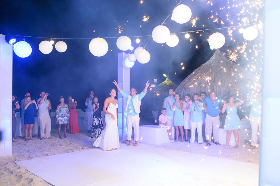 priscilla-radisson-aruba-wedding_0077