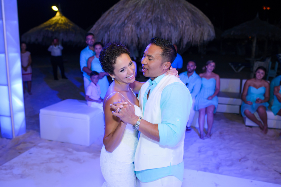 priscilla-radisson-aruba-wedding_0079