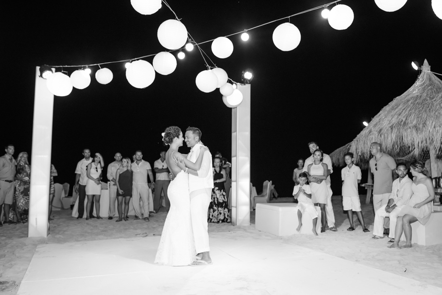 priscilla-radisson-aruba-wedding_0081
