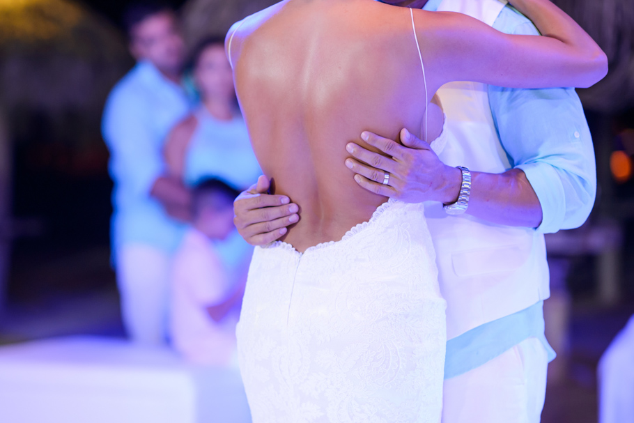 priscilla-radisson-aruba-wedding_0082