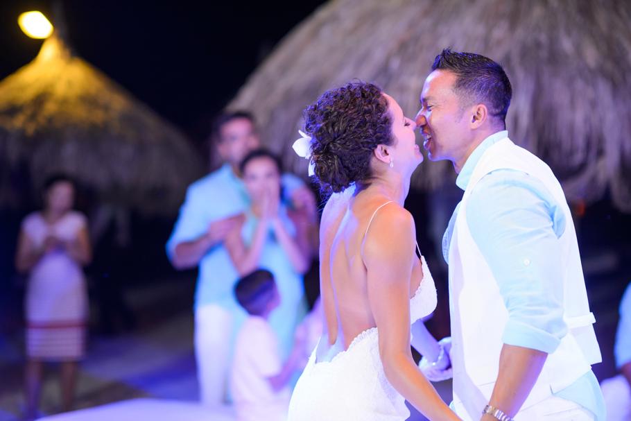 priscilla-radisson-aruba-wedding_0083