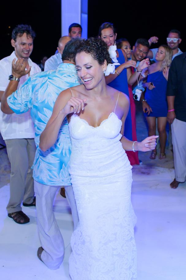 priscilla-radisson-aruba-wedding_0088