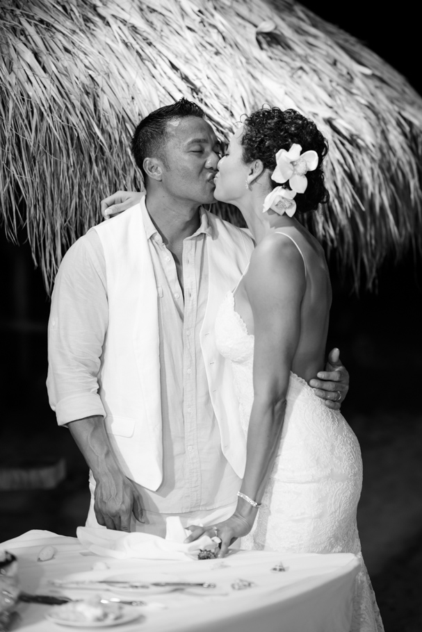 priscilla-radisson-aruba-wedding_0092