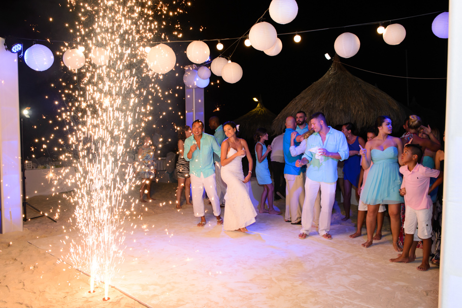 radisson aruba wedding