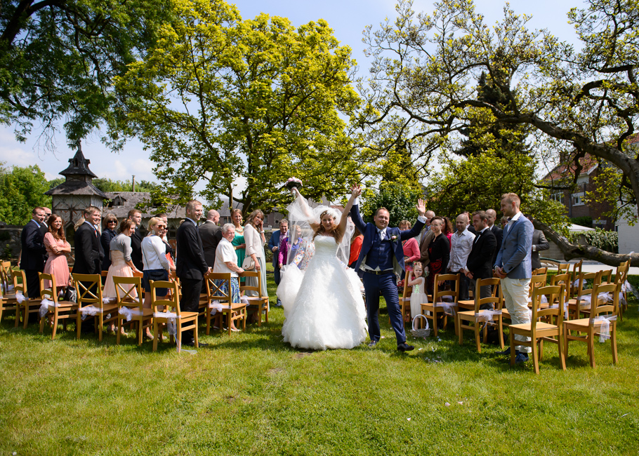 jess-belgium-wedding-039