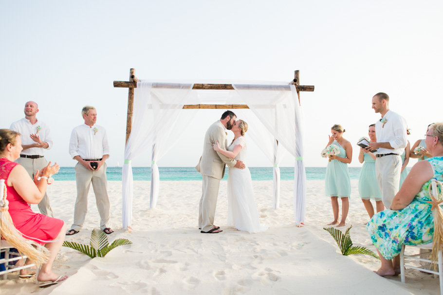 carrie-divi-aruba-wedding_0018