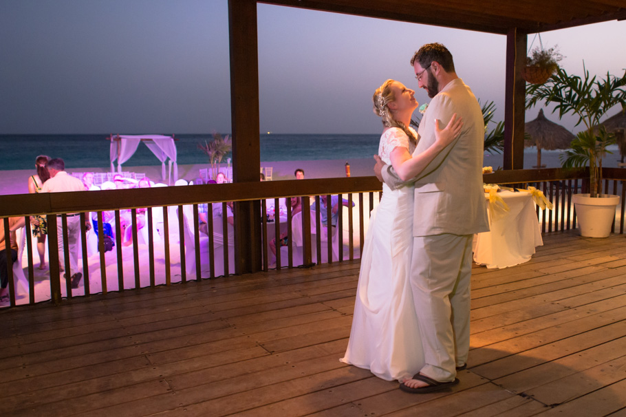 carrie-divi-aruba-wedding_0032