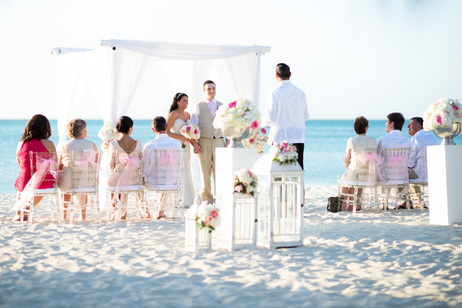 jenna-radisson-aruba-wedding_0026