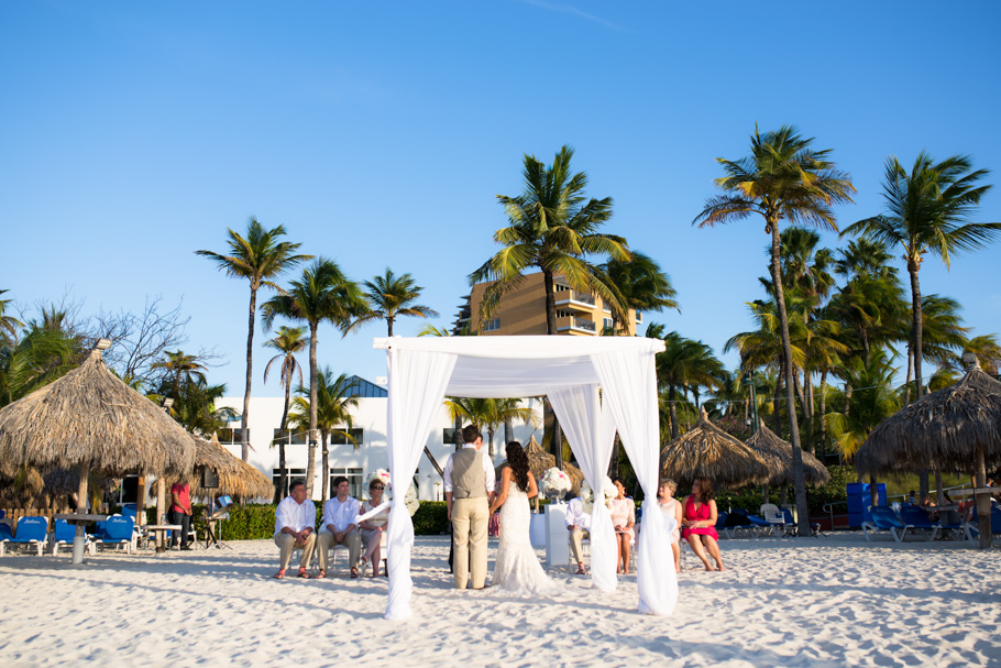 jenna-radisson-aruba-wedding_0029