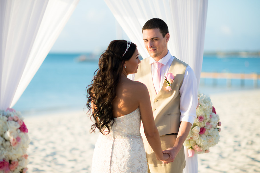 jenna-radisson-aruba-wedding_0031