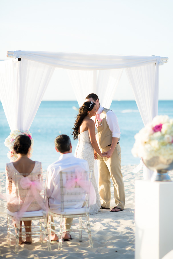 jenna-radisson-aruba-wedding_0032