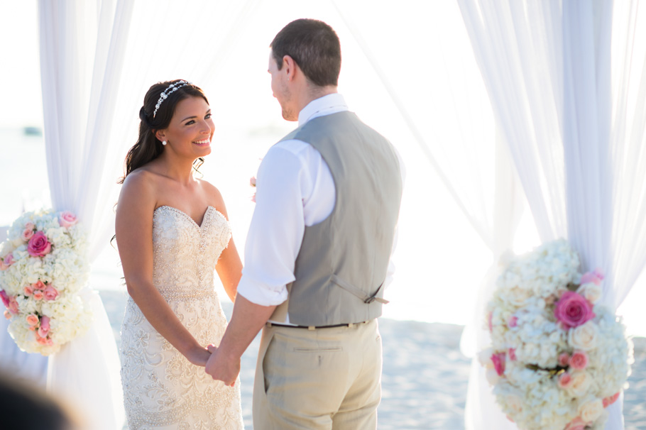 jenna-radisson-aruba-wedding_0034