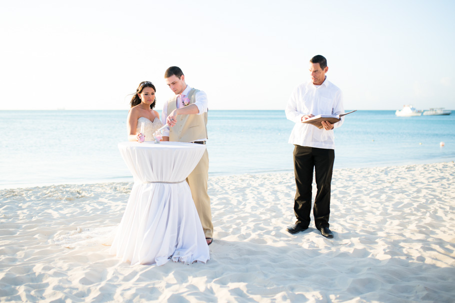 jenna-radisson-aruba-wedding_0035