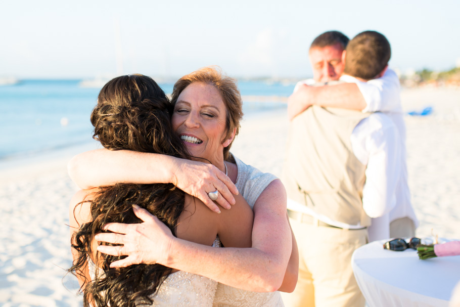 jenna-radisson-aruba-wedding_0039