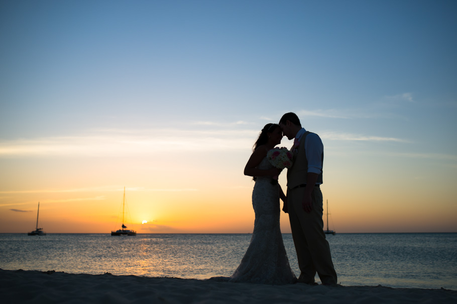 jenna-radisson-aruba-wedding_0043