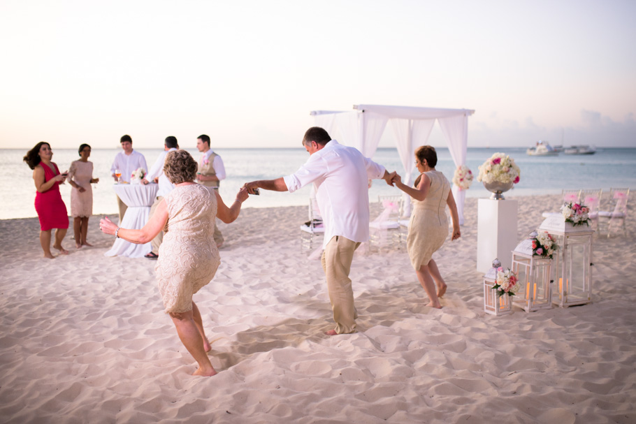 jenna-radisson-aruba-wedding_0044