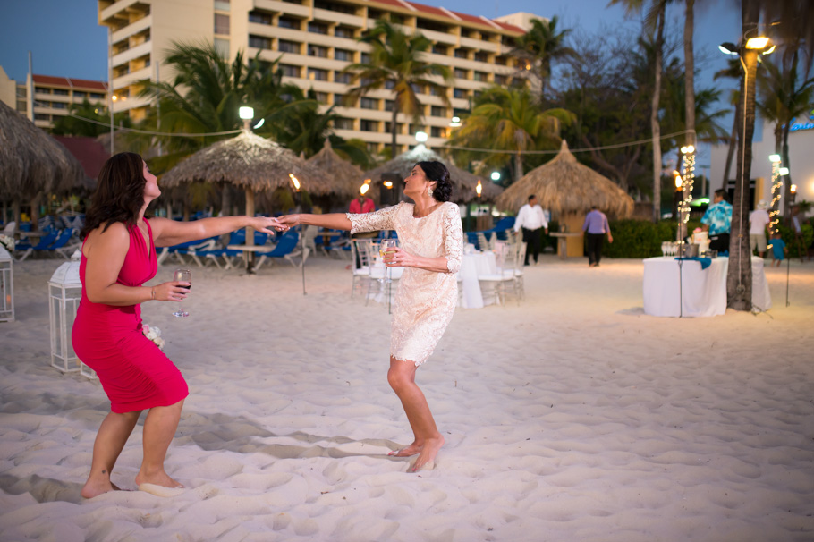jenna-radisson-aruba-wedding_0046