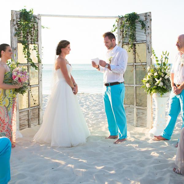 radisson aruba hilton wedding
