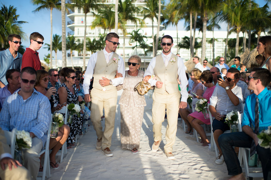 kristin-marriott-aruba-wedding-007