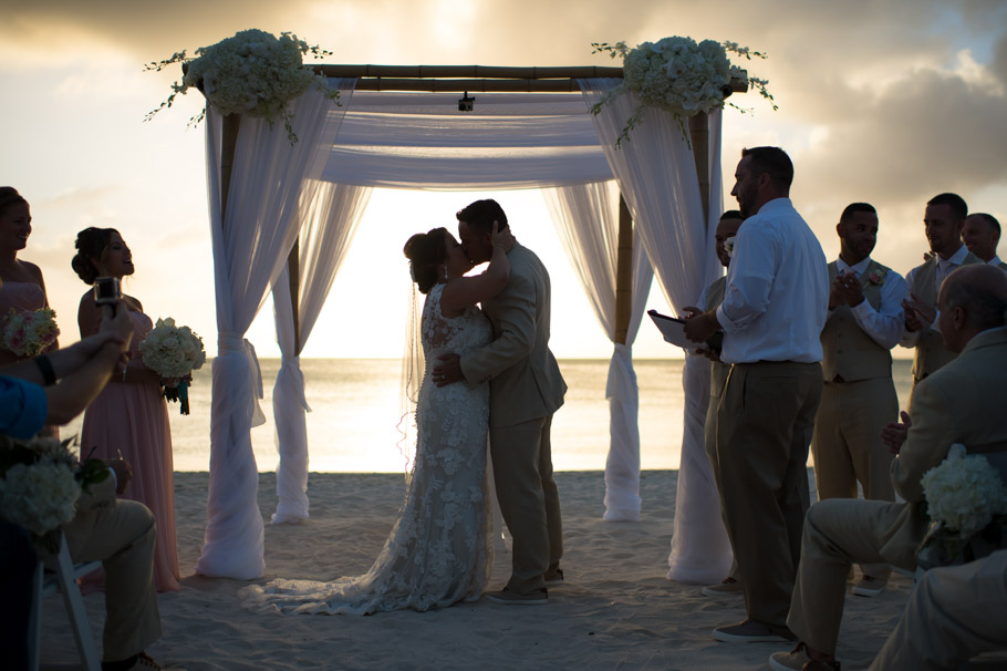 kristin-marriott-aruba-wedding-015
