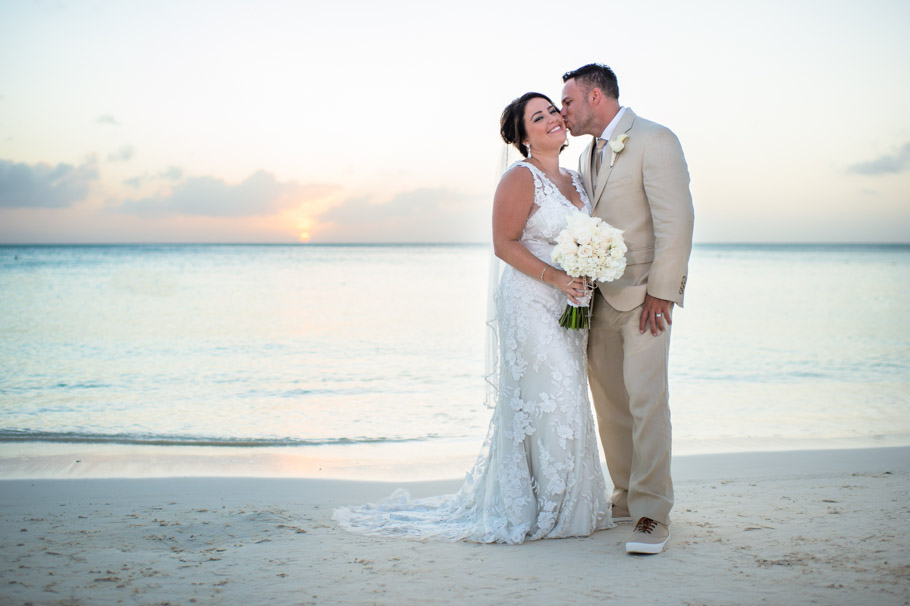 kristin-marriott-aruba-wedding-018