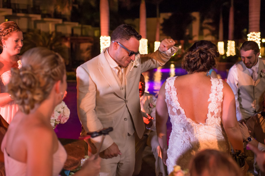 kristin-marriott-aruba-wedding-030