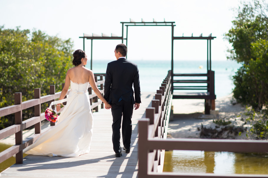 katie-ritz-carlton-aruba-wedding-009