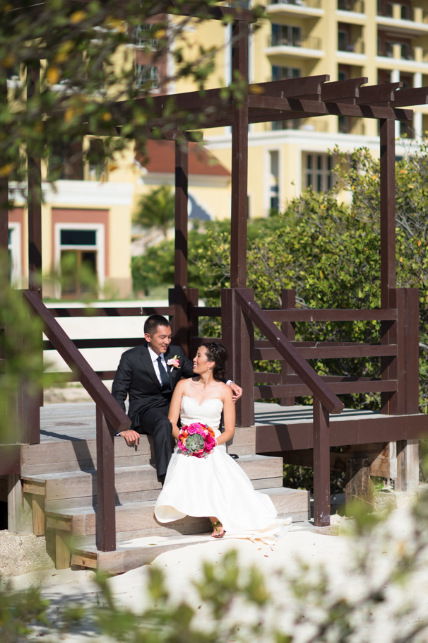 katie-ritz-carlton-aruba-wedding-010