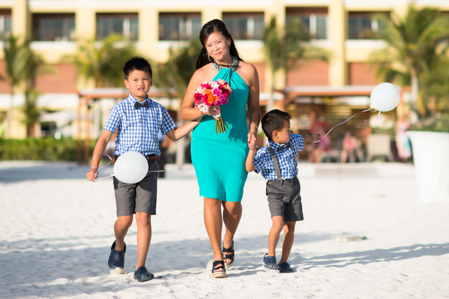 katie-ritz-carlton-aruba-wedding-027