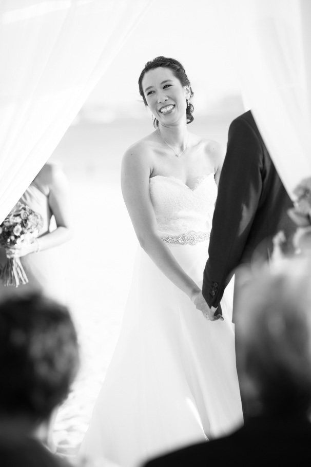 katie-ritz-carlton-aruba-wedding-032