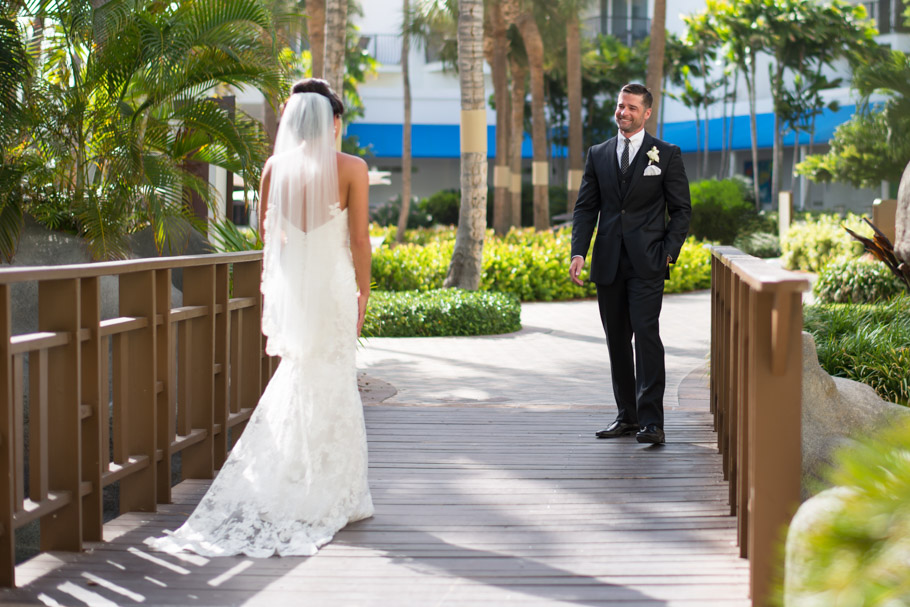 liz-marriott-aruba-wedding-005