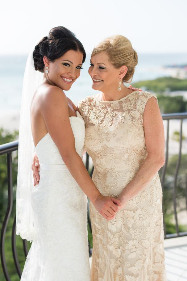 liz-marriott-aruba-wedding-009