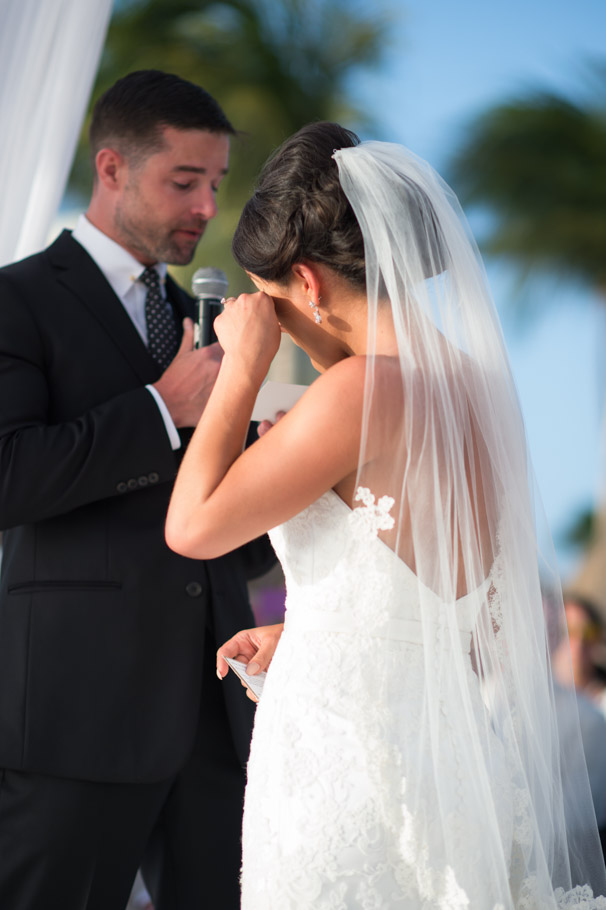 liz-marriott-aruba-wedding-011