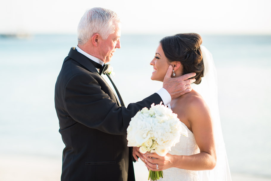 liz-marriott-aruba-wedding-014