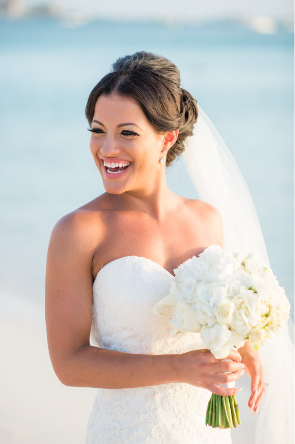 liz-marriott-aruba-wedding-015