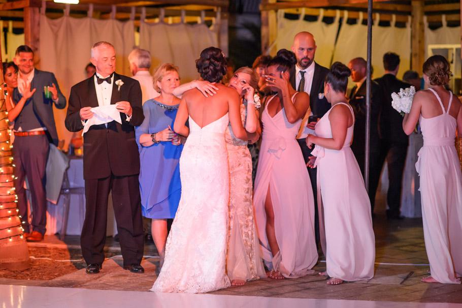 liz-marriott-aruba-wedding-033
