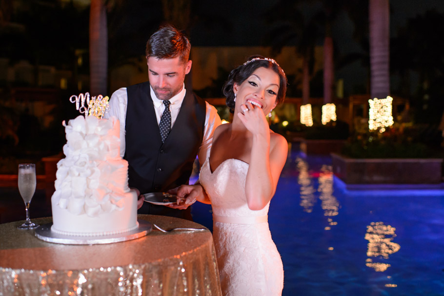 liz-marriott-aruba-wedding-036