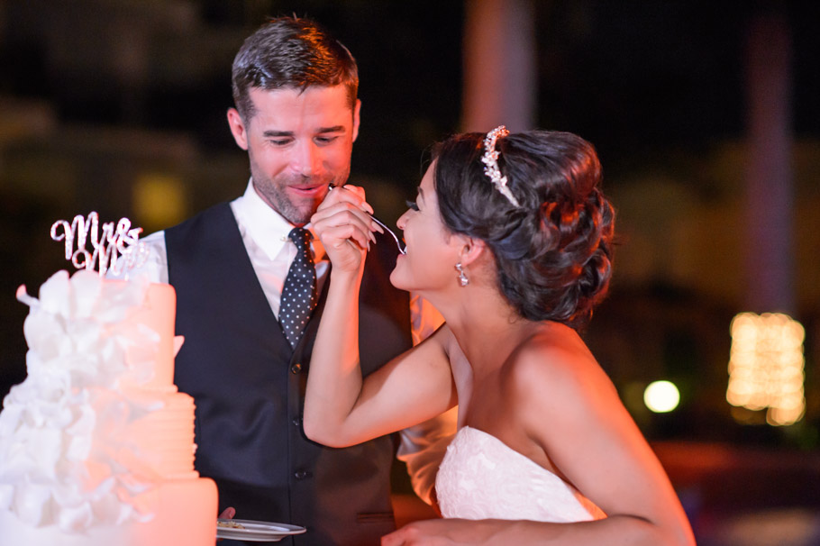 liz-marriott-aruba-wedding-037