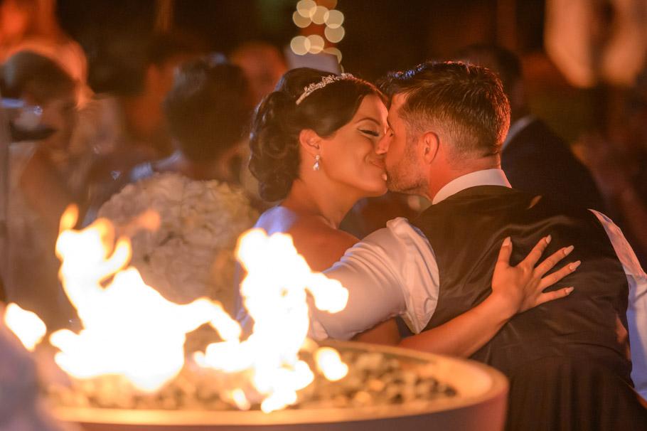 liz-marriott-aruba-wedding-039