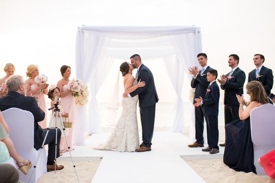 jill-hilton-aruba-wedding-027