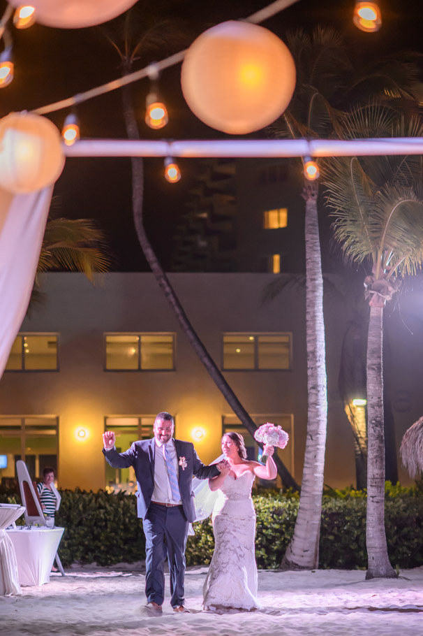 jill-hilton-aruba-wedding-039