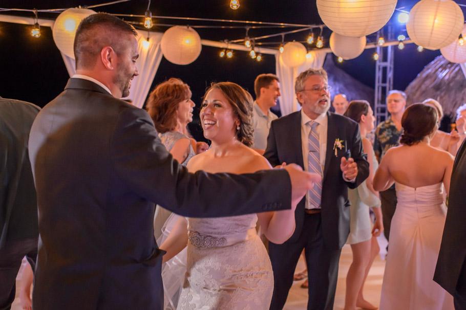 jill-hilton-aruba-wedding-042