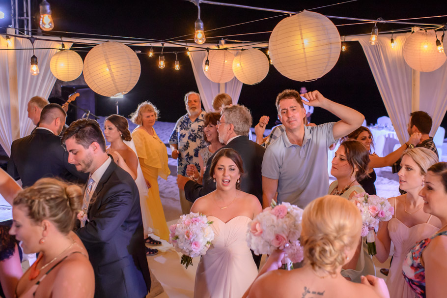 jill-hilton-aruba-wedding-044