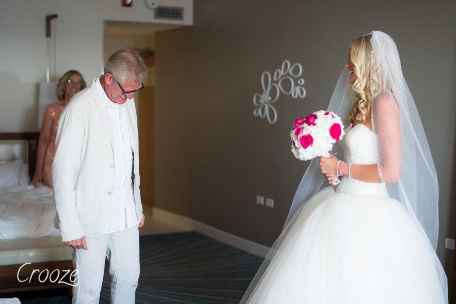 luisa-renaissance-aruba-wedding-009