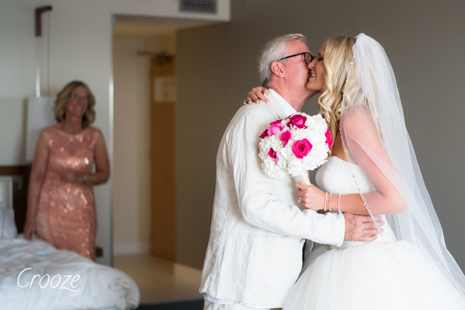 luisa-renaissance-aruba-wedding-010