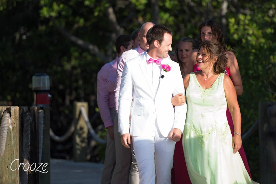 luisa-renaissance-aruba-wedding-012