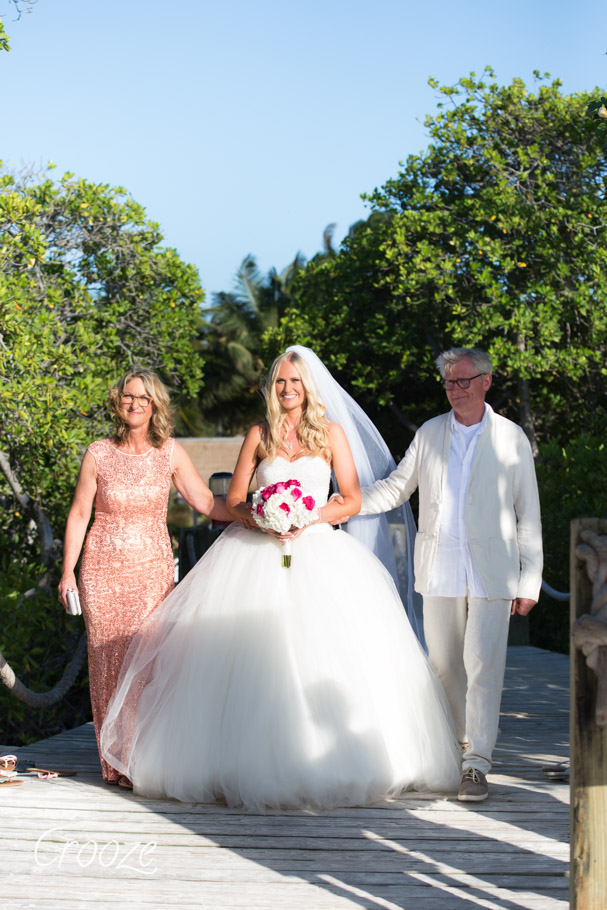 luisa-renaissance-aruba-wedding-014