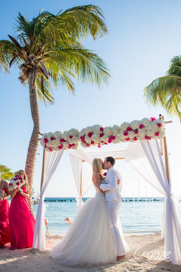 luisa-renaissance-aruba-wedding-025
